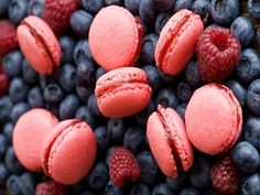 Cookies Pink Berries HD Wallpaper