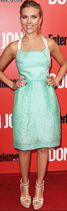 Who made  Scarlett Johansson's green dress and white cut out sandals that she wore in New York?