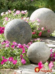 Check out these cool DIY concrete garden decor and get inspired!Original garden design – Turn concrete into a beautiful garden décor!Garden design with stones - Create a lush garden - Garden Design Simplified Steps to Landscaping with rocks It Lush Garden, Beautiful Gardens, Garden Decor, Landscaping With Rocks, Garden Balls, Garden Design, Concrete Garden, Rose Garden Portland, Garden Projects