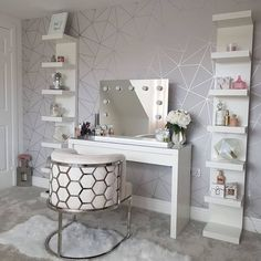 Thankyou for showcasing our Isabella Diamond X genuine Hollywood Mirror 😉 looks fab 💖 Teen Bedroom Designs, Bedroom Decor For Teen Girls, Room Ideas Bedroom, Home Decor Bedroom, Girl Bedroom Walls, Closet Designs, Dressing Room Decor, Dressing Room Design, Ikea Dressing Table