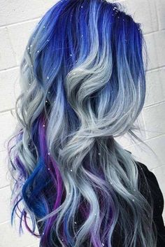 Want to try ombre hair, but not sure what look? We have put together a list of the hottest ombre looks for you to try! Why not go for a new exciting look? hairstyle for long 45 Trendy Ombre Hair Color Ideas Blond Ombre, Blue Ombre Hair, Purple Balayage, Silver Ombre, Balayage Brunette, Cooler Look, Cool Hair Color, Crazy Hair Colour, Hair Color Ideas
