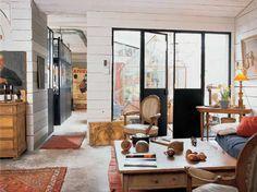 Loft style industriel / Industrial loft : http://www.maison-deco.com/reportages/reportages-maisons/Recup-creations