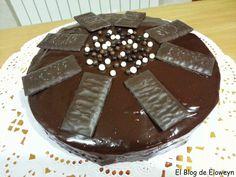 El Blog de Eloweyn: Bizcocho de Chocolate y After Eight (Menta y Choco...