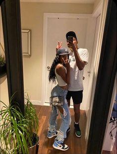 Couple Goals Relationships, Relationship Goals Pictures, Couple Relationship, Black Love Couples, Cute Couples Goals, Matching Couple Outfits, Matching Couples, Photo Couple, Couple Aesthetic