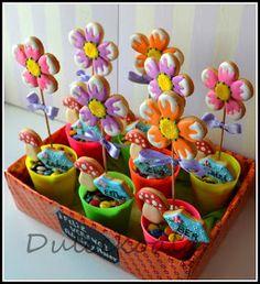 Dulcekoala Galletas Decoradas... y otros dulces...: REGALA FLORES. Galletas decoradas para fin de curso