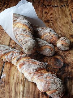 Bagietki pszenno-żytnie ekspresowe (rustykalne bagietki) - Damsko-męskie spojrzenie na kuchnię Bread Recipes, Cooking Recipes, Our Daily Bread, Bread Cake, Polish Recipes, Pastry Cake, Sweet Bread, My Favorite Food, Finger Foods
