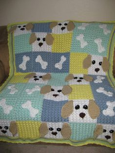 Puppy Dog Blanket This is soo cute! The pattern is from the July 2011 issue of Crochet! Crochet Afghans, Crochet Amigurumi Free Patterns, Free Crochet, Baby Afghans, Afghan Patterns, Crochet Blanket Patterns, Baby Blanket Crochet, Crochet Baby, Crochet Blankets