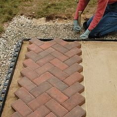 patterns for paver bricks | Brick and Paver Patterns - Diagonal Herringbone | Home Depot Canada: