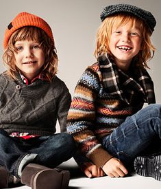 Shop kids clothing and baby clothes at H&M – We offer a wide selection of children's clothing at the best price. Shop online or in a store nearby. Toddler Boy Fashion, Little Boy Fashion, Kids Fashion, H&m Kids, Cute Kids, Cute Outfits For Kids, Boy Outfits, Foto Fashion, Stylish Kids