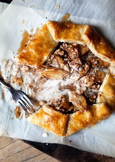 cinnamon-apple-galette-with-salted-maple-glaze-5