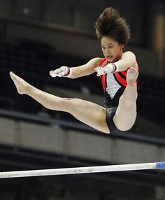 Mai Murakami performs at the women's NHK Cup overall competition in Tokyo on May 19 2018 She won the NHK cup for the second straight year ==Kyodo Gymnastics Posters, Pose Reference Photo, Artistic Gymnastics, Female Athletes, Sport Girl, Sports Women, Competition, Health Fitness, Athletic