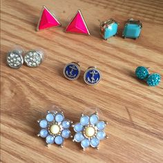 Stud earrings bundle ! ✨ Super sparkly teal studs! Hot pink Tasha triangle studs ! Boutique anchor studs ! Seafoam charming Charlie studs ! Gold sparkle Francesca's studs ! And periwinkle flower studs 🌷 Charming Charlie Jewelry Earrings