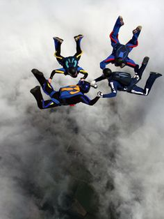 Go skydiving with you 3 bestfriends (bucket list)