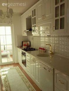 Altın, Beyaz mutfak, Halı, Mutfak
