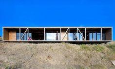 Espinoza House  Architects: WMR  Location/ Year: Matanzas, Chile / 2012  Photography: Sergio Pirrone