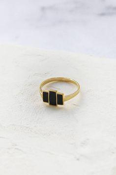 Harley Ring, Black and Gold Ring, Geometric Ring, Black Enamel Ring, Art Deco Ring Cute Jewelry, Bridal Jewelry, Jewelry Rings, Jewelry Accessories, Jewelry Design, Jewellery, Star Jewelry, Black Rings, Gold Rings