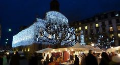 GENEVA - 14.12.2014 to 24.12.2014. Times: according to the opening hours of the stores.