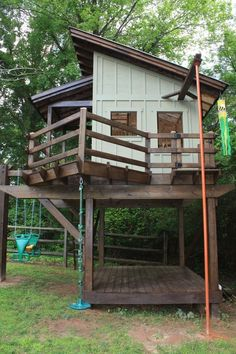 playhouse, porch and fire pole WOW #playhouse #PoleShedPlan