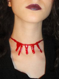 DIY BLOODY NECKLACE HALLOWEEN