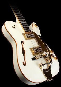 """Paul Waller's Fender Custom Shop """"White Chicken"""""""