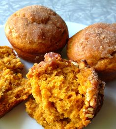 A recipe for delicious pumpkin muffins that you can prep the night before and bake in the morning!
