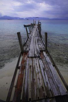Pier, San Blass, Panama, May 16, 2011  from Weaving the Americas. Sara Sense. Brilliant Blog.