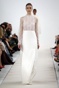 Valentino Sala Bianca 945 Haute Couture. The collection was a special couture enterprise created expressly for this New York City shebang to celebrate Valentino's behemoth Fifth Avenue flagship, opened in August. -- white and flawless