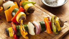 Kleurige vegetarische barbecuespiesen | Gezondheidsnet