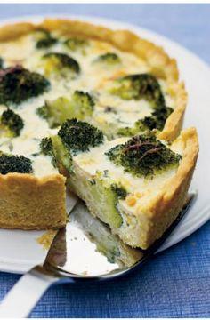 Parsakaali piirakka Beginner Vegetarian, Vegetarian Recipes, Falafel, Food Test, Spanakopita, No Bake Cake, Quiche, Tart, Food Porn