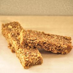 Peanut butter granola bars are an easy (and healthier) snack to make!
