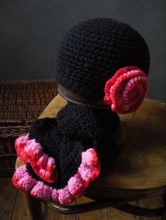 zwarte muts en sjaal Scarves, Beanie, Crochet, Hats, How To Make, Fashion, Scarfs, Moda, Hat