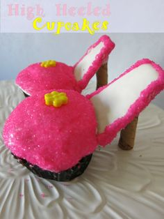 High Heel Love - High Heel Cupcakes - Purple Chocolat Home High Heel Cupcakes, Crazy Heels, Heart Cupcakes, Take The Cake, Food Hacks, Food Tips, Cute Cakes, Cupcake Cakes, Cupcake Ideas