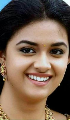That smile! Beautiful Girl Indian, Beautiful Girl Image, Most Beautiful Indian Actress, Beautiful Lips, Beautiful Actresses, Beautiful Children, Beauty Full Girl, Beauty Women, India Beauty