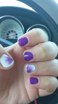Easy & Simple Gel Nail Art Designs 2018 - style you 7 Simple Gel Nails, Summer Gel Nails, Spring Nails, Essie, Gel Nail Art Designs, Simple Nail Designs, Nails Design, Salon Design, Party Nail Design