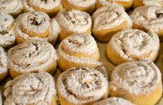 Ταχινοπιτάκια με καρύδια και σταφίδες - cretangastronomy.gr Chocolate Sweets, Love Chocolate, Bagel, Doughnut, Nutella, Muffin, Cupcakes, Bread, Breakfast