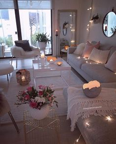 55 cozy living room decor ideas to copy 7 ⋆ All About Home Decor Cozy Living Rooms, Home Living Room, Apartment Living, Living Room Decor, Bedroom Decor, Cozy Apartment, Decor Room, Romantic Living Room, Cozy Bedroom