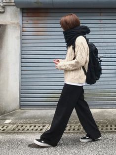 Fashion outfits women dresses sweaters 52 Ideas - - Winter Outfits for Work Unique Fashion, Diy Fashion, Trendy Fashion, Korean Fashion, Womens Fashion, Fashion Ideas, Fashion Boots, Fashion Top, Sweater Fashion