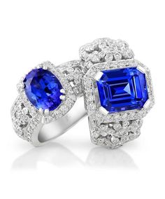 Mastercrafted in 18ct white gold (750) set with diamonds and an oval or emerald cut tanzanite.
