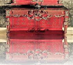 Ali Tırlı Interıors Furnıture | info@alitirli.com #alitirli #dresuar #red #mermer #versace #qatar #architecture #home #mimar #burjkhalifa #livingroomdecor #sandalye #chair #textiles #vakko #homeinterior #interiors #tablo #classic #furniture #evdekorasyonu #mobilya #perde #holiday #duravit #art #luxury #interiorsdesign