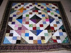 Friend's quilt. by gracieaohio, via Flickr