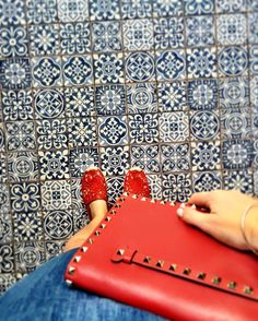 I have a thing for floors  #ootd  #endlesssummer #allred