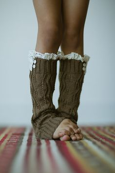 Love the lace and the buttons added to these leg warmers!