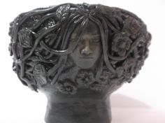 The Crone is the 3rd face on the Maiden, mother & crone bowl