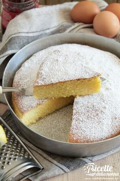 Torta margherita ricetta e foto Sweet Recipes, Cake Recipes, Dessert Recipes, Italian Desserts, Italian Recipes, Biscuit Dessert Recipe, Bakery Cakes, Almond Cakes, Sweet Cakes