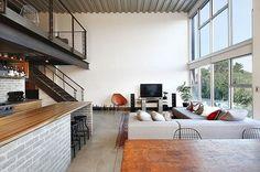 Las necesidades de vivienda se contextualizaron al estilo de vida urbano con características peculiares que ahora conocemos como LOFTS.