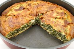 Traditional Spanakopita (Greek spinach pie) - Spanakopita is a popular, rustic dish worldwide, and is loved by every generation of Greeks. In fact, the recipe for traditional spanakopita is handed down from generation to generation…every family. Vegetable Dishes, Vegetable Recipes, Vegetarian Recipes, Healthy Recipes, New Recipes, Dinner Recipes, Cooking Recipes, Favorite Recipes, Greek Spinach Pie