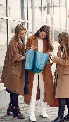 stylish wither coat ideas. Watch now. Long Winter Coats, Stylish Outfits, Watch, Ideas, Women, Dapper Clothing, Classy Outfits, Clock, Women's