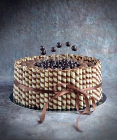 roletti torta - rolettis csokitorta recept Lidl, Cake Decorating, Good Food, Food And Drink, Snacks, Meals, Cooking, Birthday, Recipes