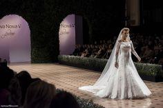 by Namour Filho  #desfiledenoivas #vestidosdenoiva #lançamentocoleção #weddingdresses #bride #noiva