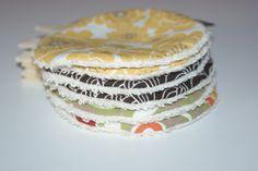 Disques à démaquiller lavables en Coton Bio imprimé : Soin, bien-être par kumoandfriends. Kumoandfriends.ALittleMarket.com